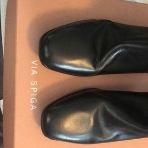 Via Spiga Vinson black leather boots NIB 42 12M